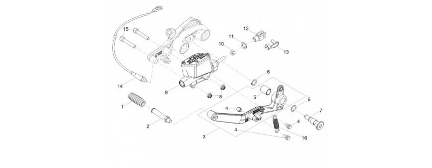 Rear master cylinder